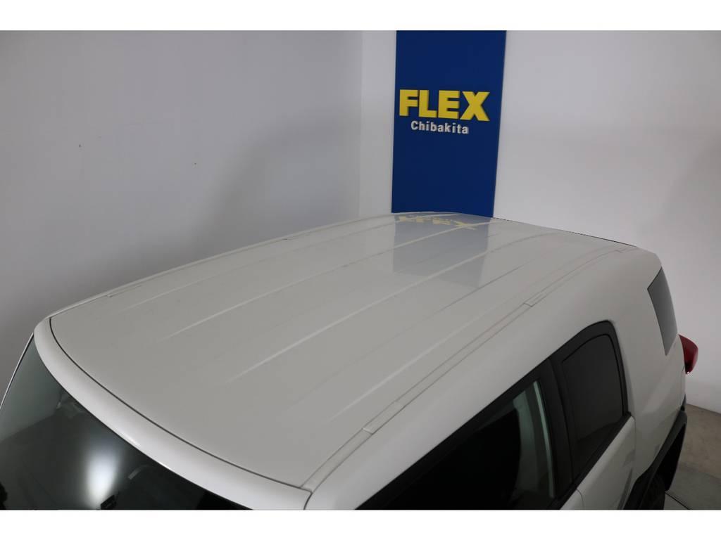 塗装焼けも無くルーフの状態も良好です!各種ルーフラック等もご相談ください。 | トヨタ FJクルーザー 4.0 4WD 4インチUP SDナビ