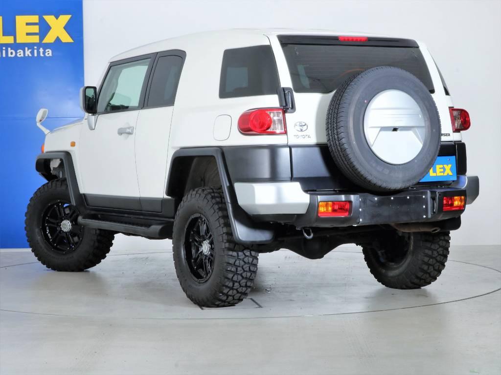 四駆らしさを取り入れた4インチUP&タイヤホイールカスタム! | トヨタ FJクルーザー 4.0 4WD 4インチUP SDナビ