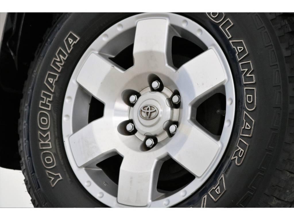 ノーマルホイールに大きな傷も無くグッドコンディション! | トヨタ ハイラックスサーフ 2.7 SSR-X 4WD LEDテール