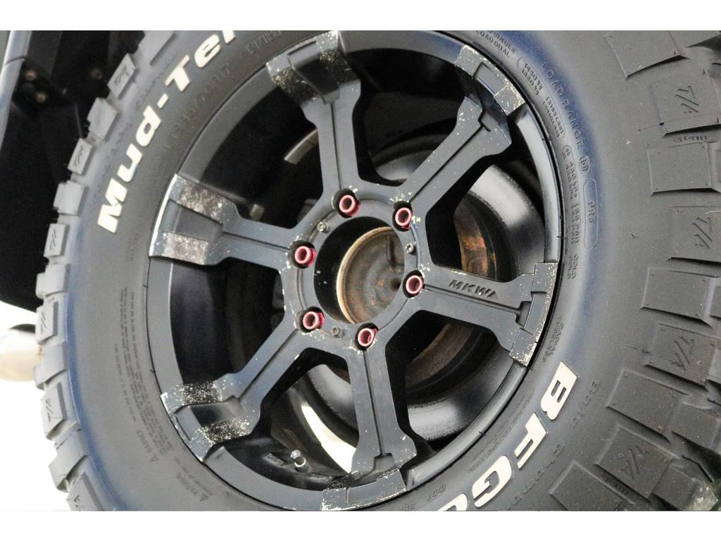 MKW17インチホイール&BFグッドリッチMTタイヤを装着致しました! | トヨタ FJクルーザー 4.0 4WD 2インチUP 4本出しマフラー