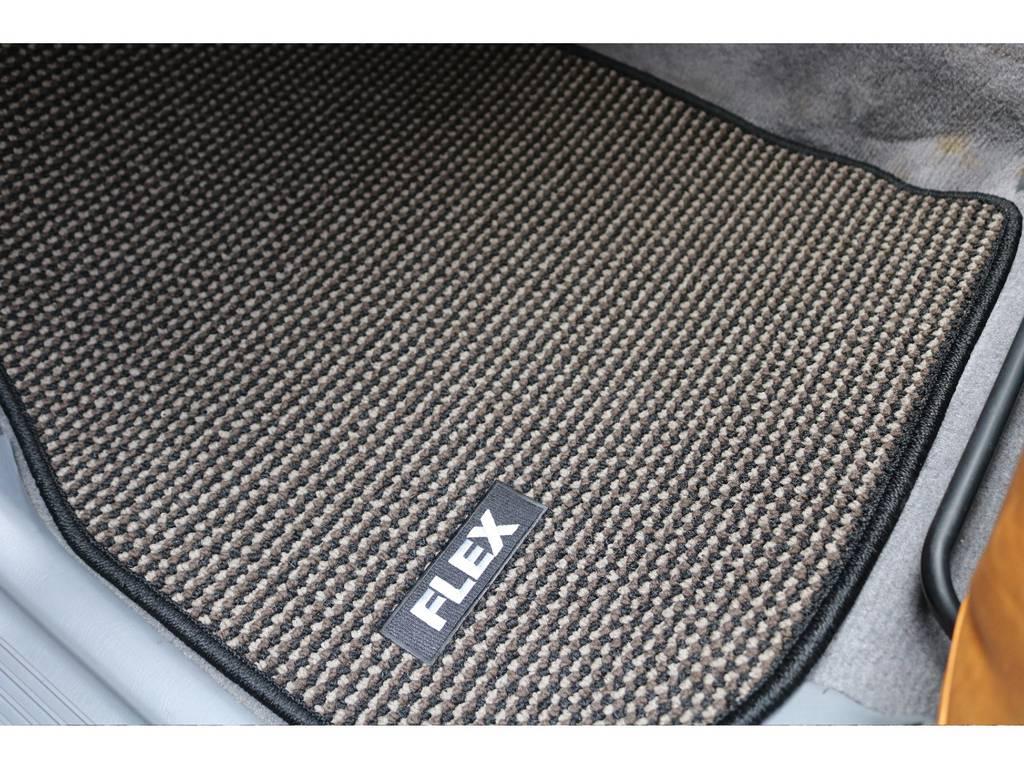 オリジナルフロアマット☆ | トヨタ ランドクルーザー100 4.7 VXリミテッド 4WD Renoca106 フルセグナビ
