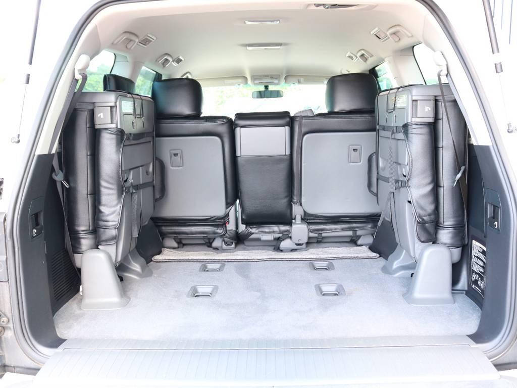 広々したラゲッジルーム!大容量でキャンプ用品なども沢山収容できます! | トヨタ ランドクルーザー200 4.7 AX 4WD マルチ フロントサイドバックカメラ