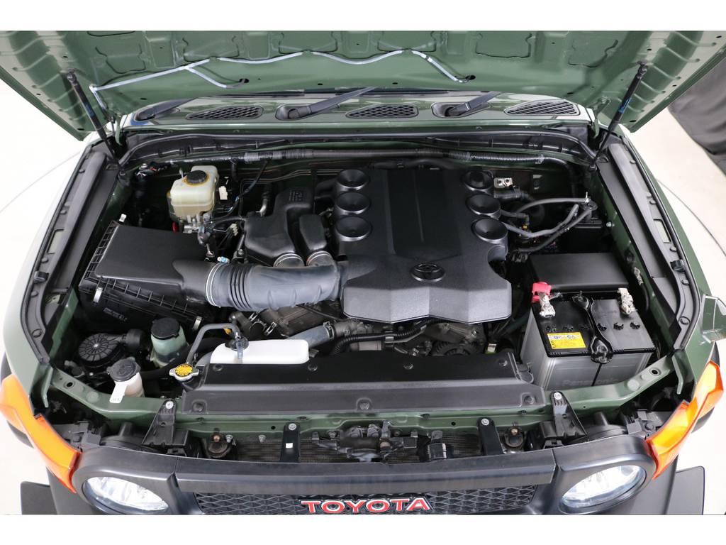 店舗敷地内に工場完備ですので車検から整備までお任せください。 | トヨタ FJクルーザー 4.0 カラーパッケージ 4WD SDナビ バックカメラ