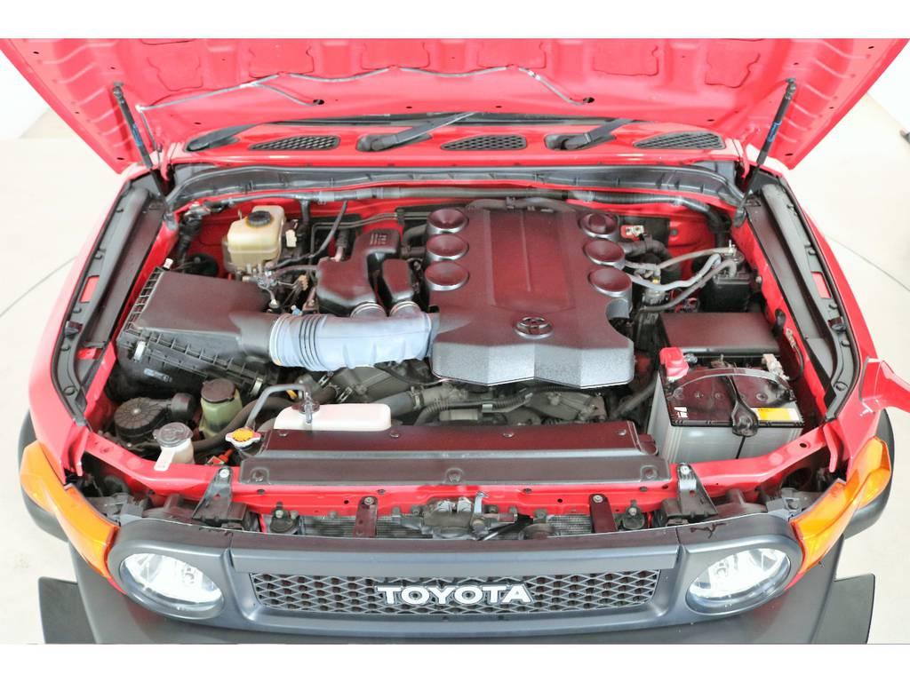 店舗敷地内に工場完備ですので車検から整備までお任せください。 | トヨタ FJクルーザー 4.0 レッドカラーパッケージ 4WD 2インチUP SDナビ