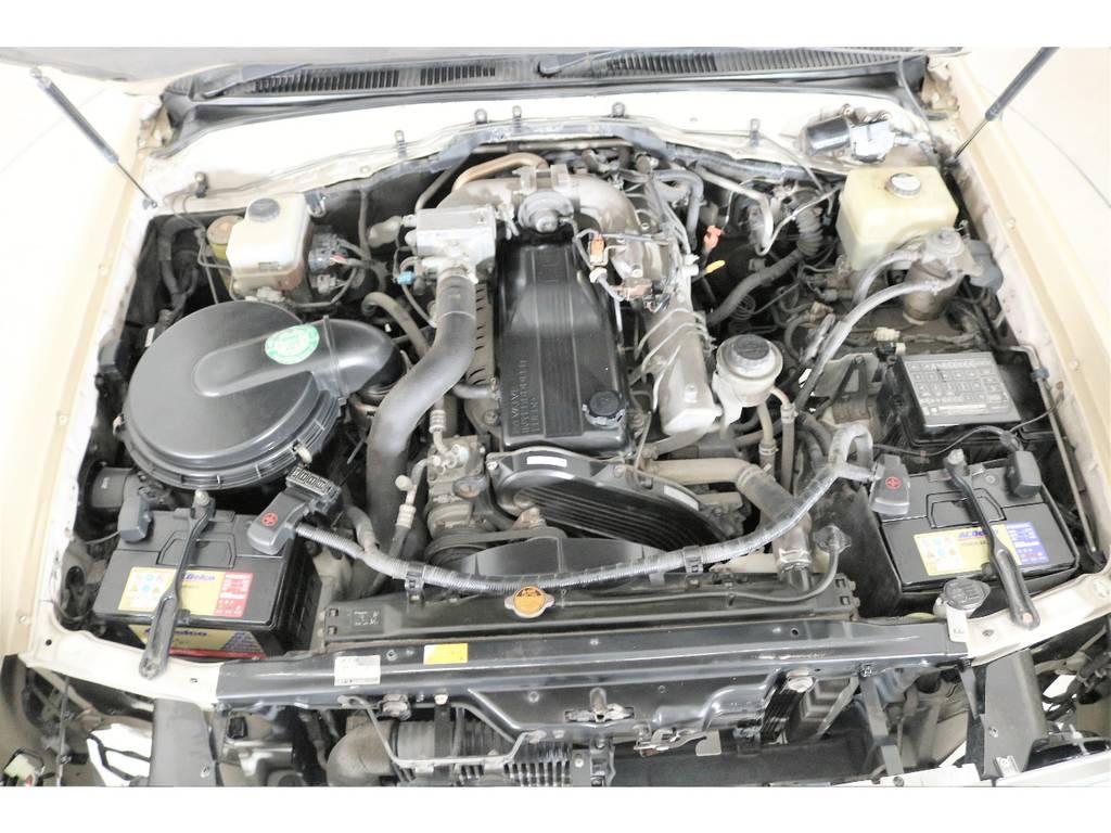 今回、初のディーゼル車ベース☆ | トヨタ ランドクルーザー100 4.2 VXリミテッド Gセレクション ディーゼルターボ 4WD 106 丸目 シートカバー