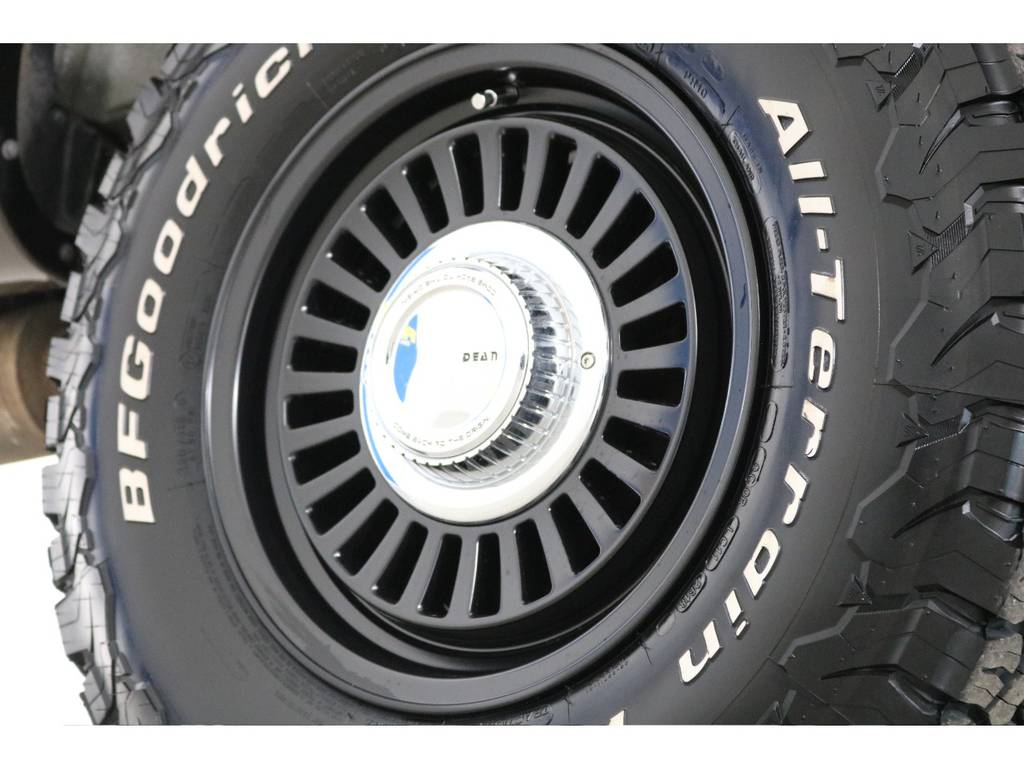 新品DEANカルフォルニア16インチホイール&新品BFグッドリッチATタイヤを装着致しました!