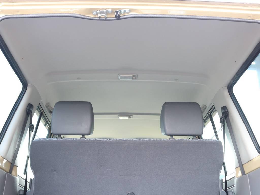 天張りも綺麗で目立った汚れも御座いません☆ | トヨタ ランドクルーザー70 4.0 4WD オプショングリル SDナビ ETC