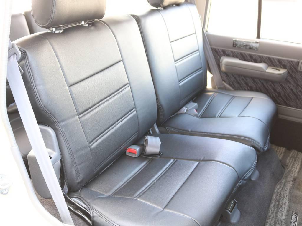 後部座席も広々です☆少しだけスライドします☆ | トヨタ ランドクルーザープラド 3.0 SXワイド ディーゼルターボ 4WD NOX・PM法適合車 SDナビ