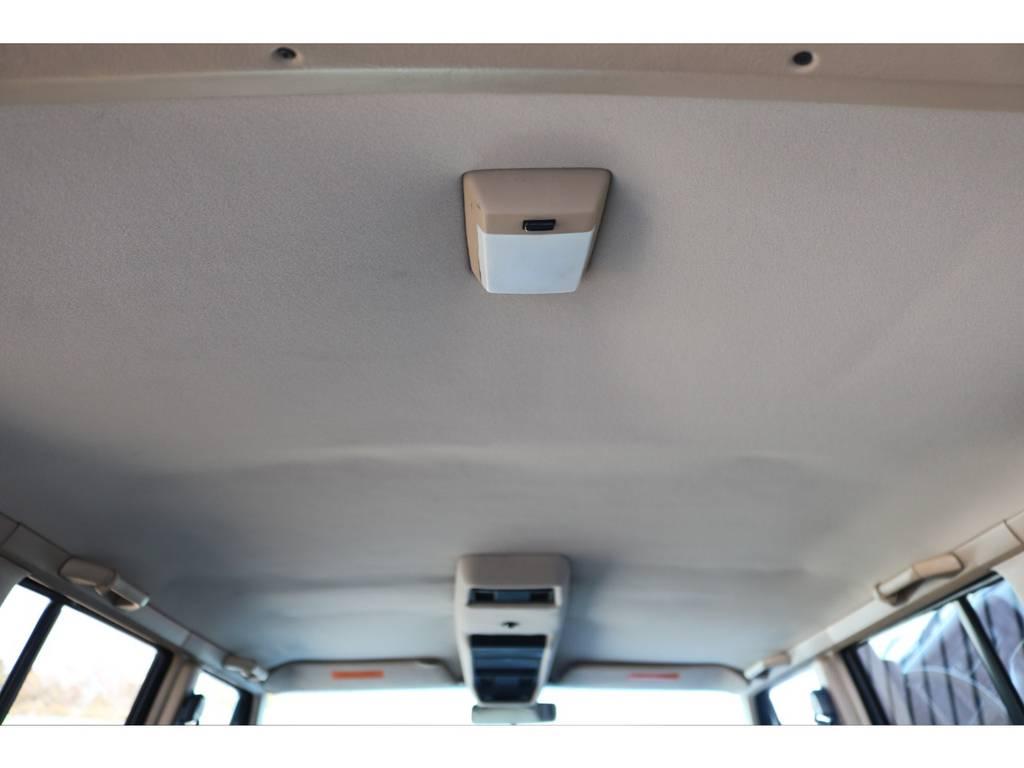 天井部☆ご覧の通り綺麗な状態です♪   ジープ チェロキー リミテッド 4WD