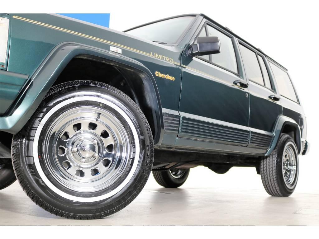 新品デイトナホイール&ホワイトリボンタイヤ☆   ジープ チェロキー リミテッド 4WD