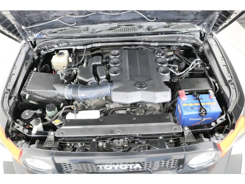 4000ccガソリンエンジン☆ | トヨタ FJクルーザー 4.0 4WD SDナビ 純正ルーフラック