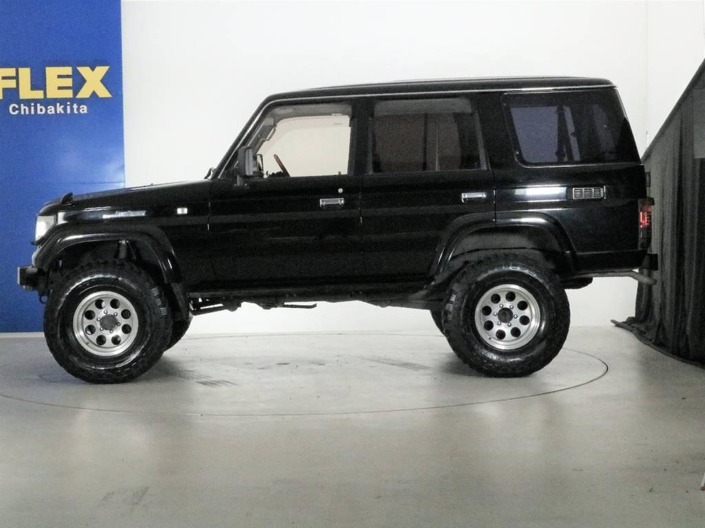 古い車両ですが当店はしっかりフォローできる保証もご用意しておりますのでご安心