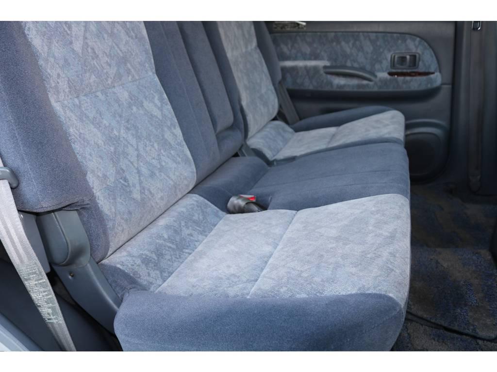 後部座席も綺麗に保たれております☆
