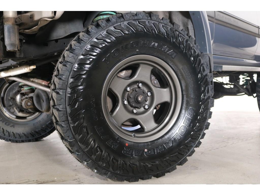 新品ジオランダーM/Tタイヤ&新品ブラッドレーV16インチAW装着☆このくらいのリフトアップに315タイヤは迫力満点です!