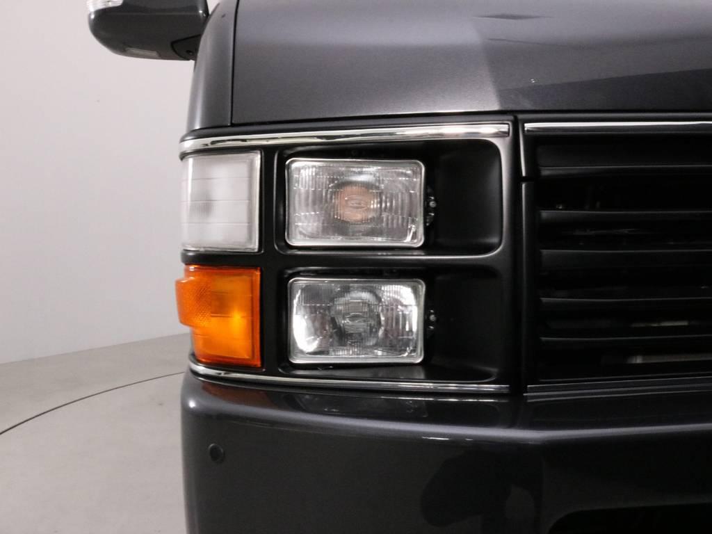 スーパーGLは標準でダブルエアコン装備なので、一年を通して快適にドライブが楽しめます。 | トヨタ ハイエースバン 2.7 スーパーGL ワイド ロング ミドルルーフ 4WD CoastLines