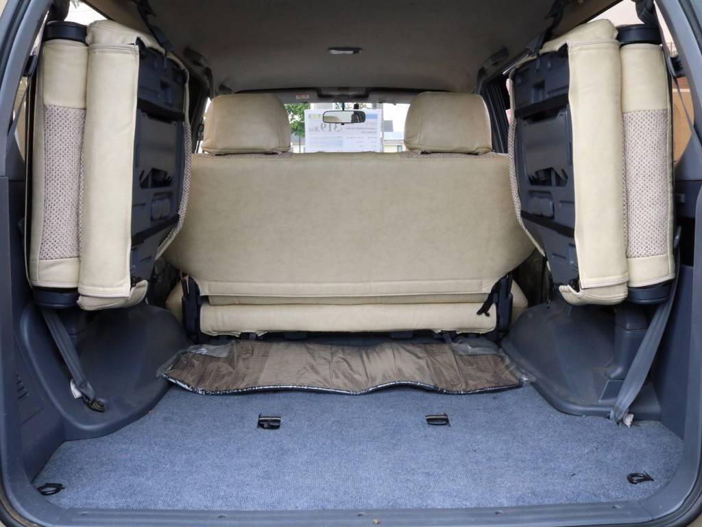 荷室は広々お使いいただけるスペースがございます☆ | トヨタ ランドクルーザープラド 3.0 TX リミテッド ディーゼルターボ 4WD 【AMERICANCLASSIC】