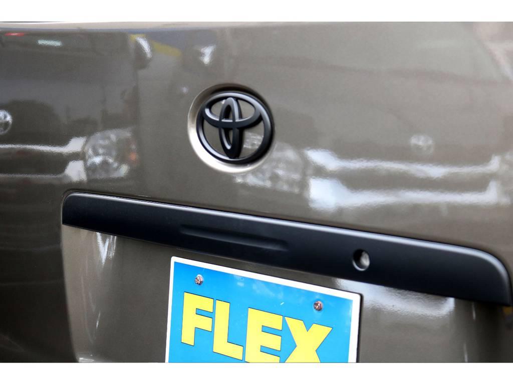 ガーニッシュ&エンブレムもMB塗装! | トヨタ ハイエースバン 2.0 スーパーGL ロング CoastLines