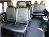 10人乗り3ナンバー登録のハイエースワゴンGL! 後部座席も綺麗です!