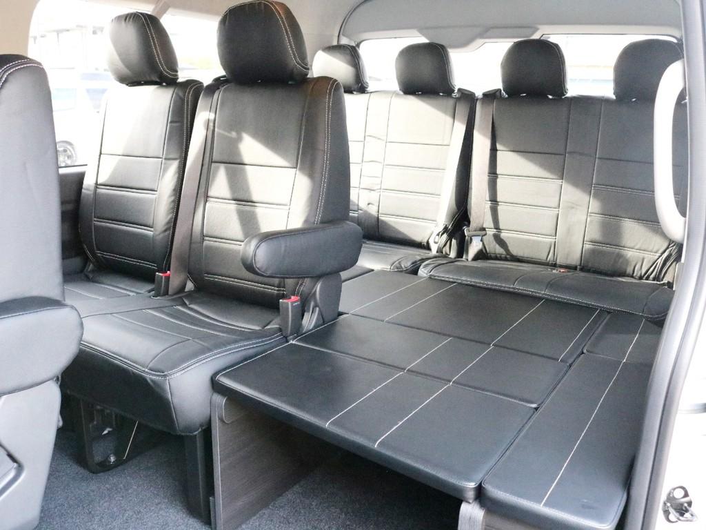 こちらが新作のゼロワゴンベッド! 10人乗りのワゴンで車中泊にも対応できる優れものです♪