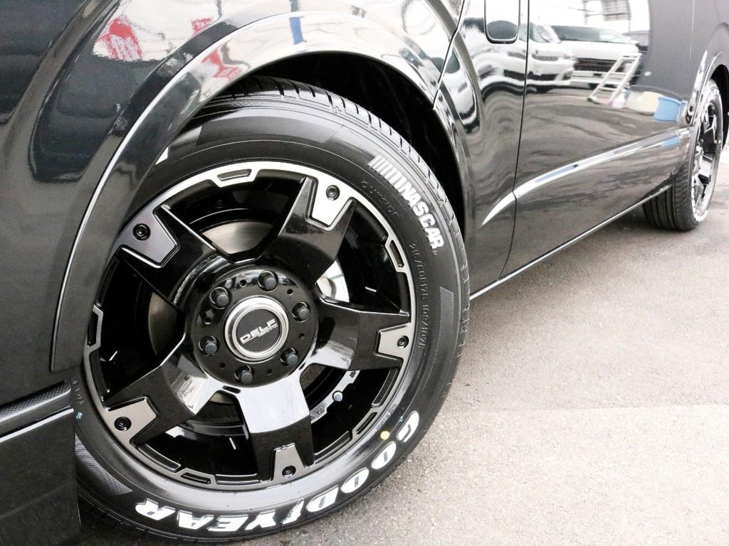 足元にはDelf03 17インチホイールを装着! タイヤはグッドイヤーナスカーホワイトレタータイヤを合わせています!
