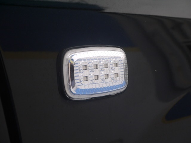 新品LEDサイドマーカー☆ | トヨタ ランドクルーザーシグナス 4.7 4WD