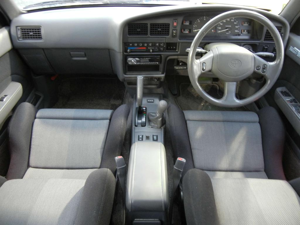 ハイラックスサーフ 3.0 SSR-G ワイドボデー ディーゼルターボ 4WD