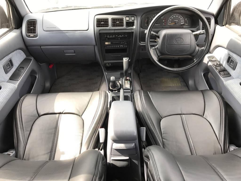 ハイラックスサーフ 2.7 SSR-X ワイドボディ 4WD