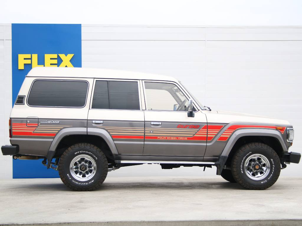 右側面もキレイに保たれております☆ | トヨタ ランドクルーザー60 4.0 VX ハイルーフ ディーゼルターボ 4WD