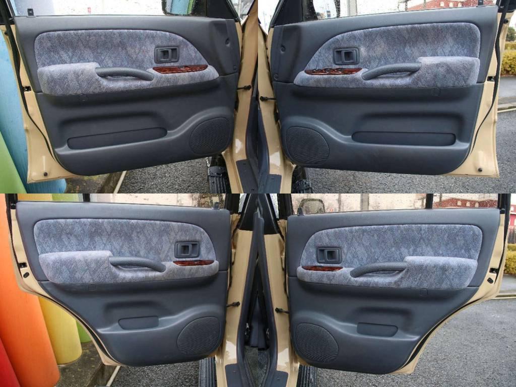 各所ドア内張りもキレイに保たれております☆ | トヨタ ランドクルーザープラド 2.7 TX リミテッド 4WD