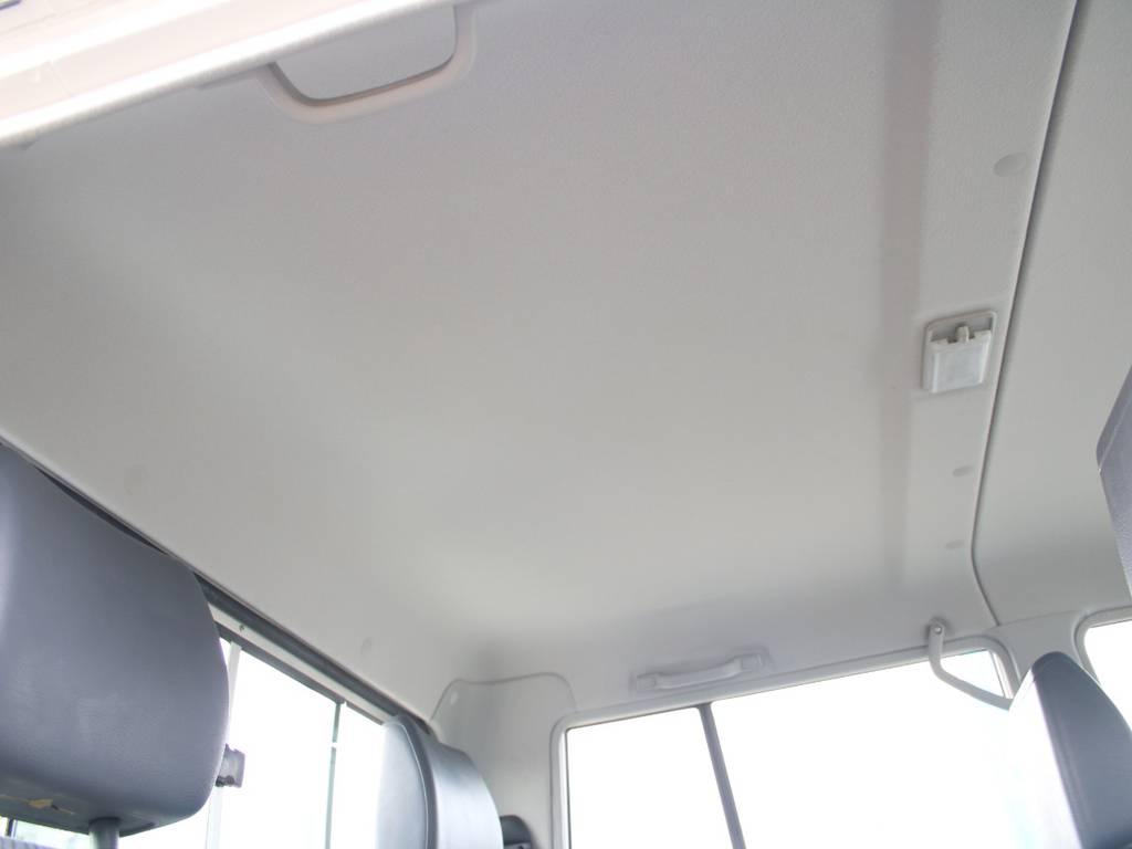 天張りもキレイに保たれております☆ | トヨタ ランドクルーザー70ピックアップ 4.0 4WD