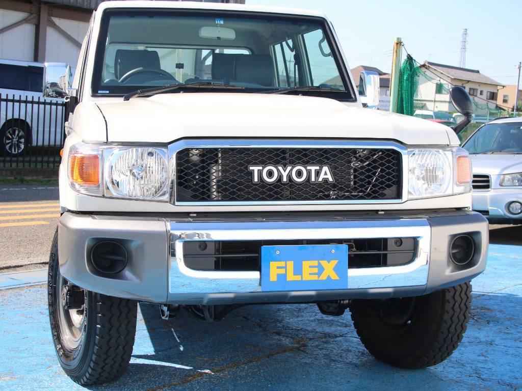 迫力のフロントフェイス☆ | トヨタ ランドクルーザー70ピックアップ 4.0 4WD