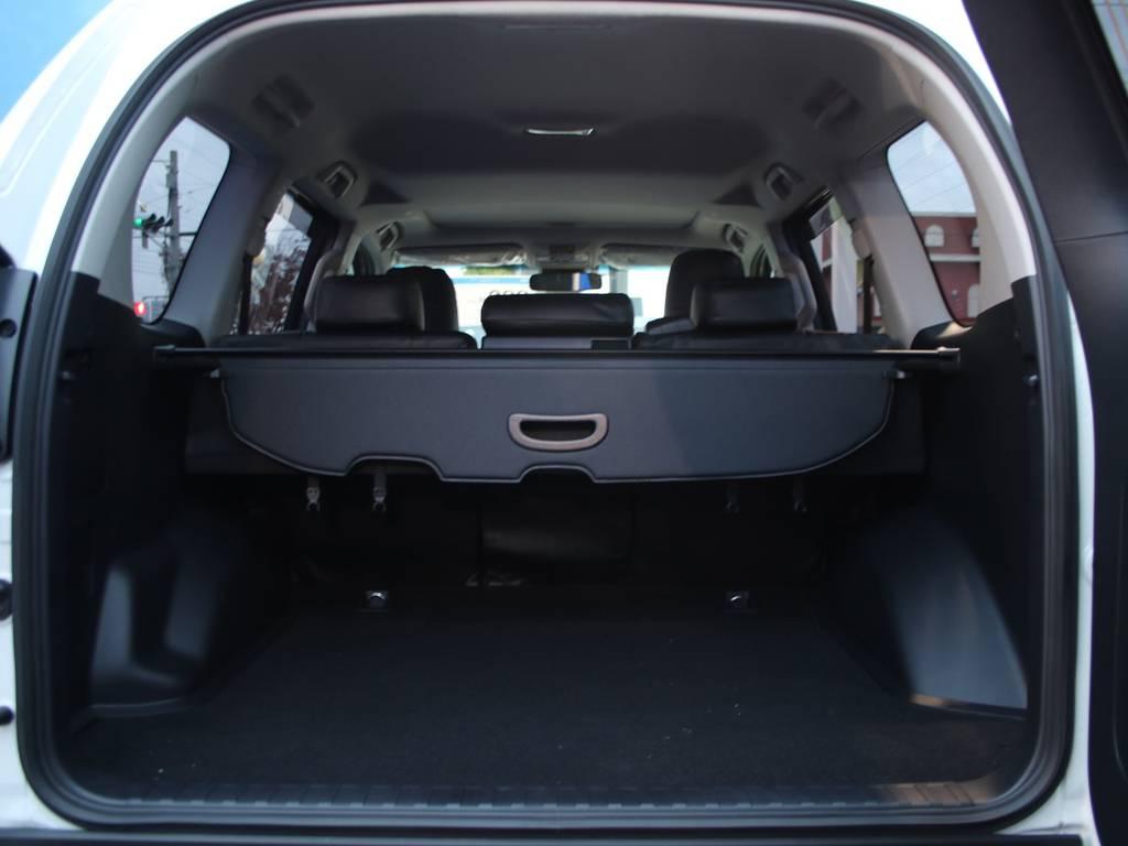 荷室は広々お使い頂けるスペースがございます☆   トヨタ ランドクルーザープラド 2.7 TX 4WD 5人