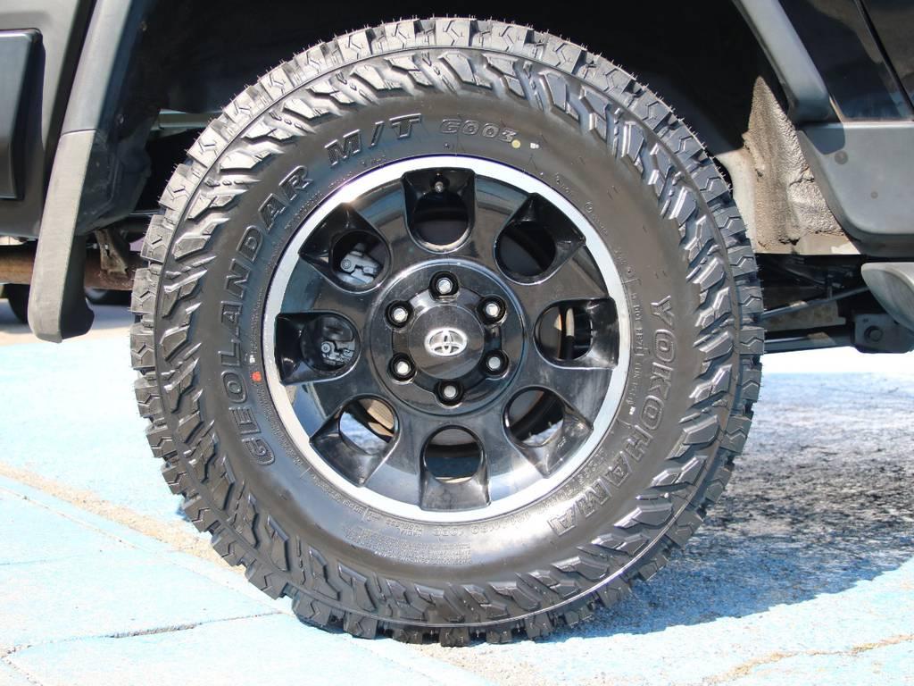 ブラックカラーパッケージ専用17インチAW☆新品ジオランダー285タイヤ☆ | トヨタ FJクルーザー 4.0 ブラックカラーパッケージ 4WD