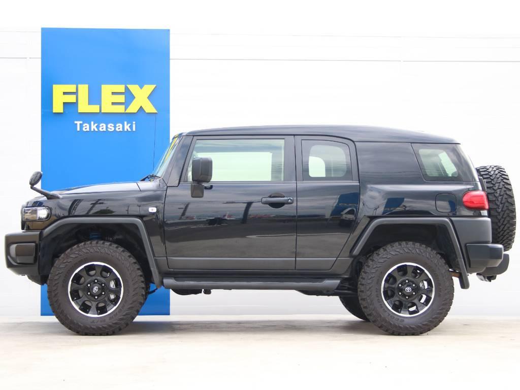 左側面もキレイに保たれております☆ | トヨタ FJクルーザー 4.0 ブラックカラーパッケージ 4WD
