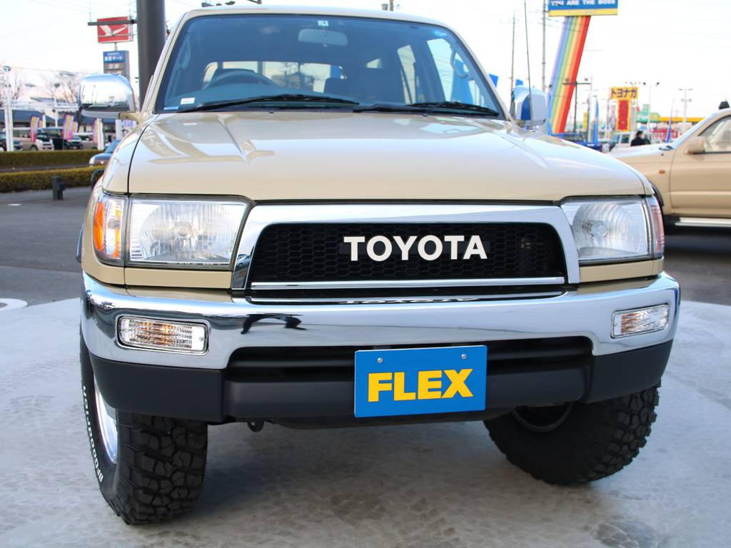 迫力のフロントフェイス☆オリジナルグリル☆ | トヨタ ハイラックスサーフ 2.7 SSR-X 4WD US仕様