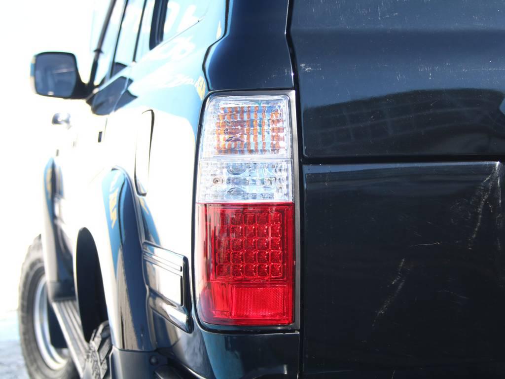 新品LEDテールランプ☆   トヨタ ランドクルーザー80 4.2 VXリミテッド ディーゼルターボ 4WD