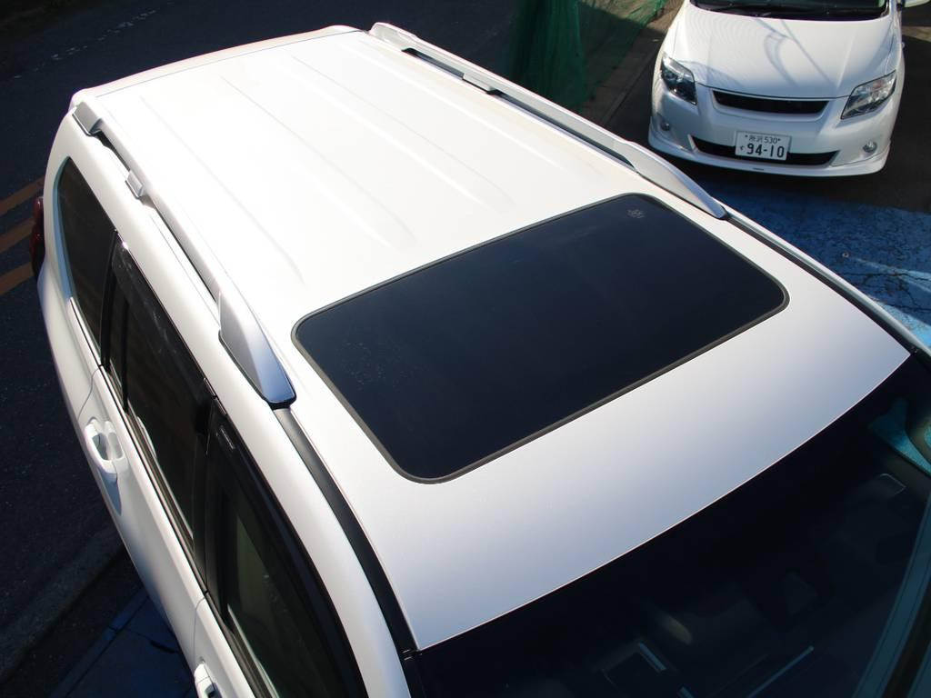 ルーフ面も新車なのでキレイに保たれております☆サンルーフ付き☆ | トヨタ ランドクルーザープラド 2.8 TX ディーゼルターボ 4WD 5人 内装ベージュ WALDエアロ