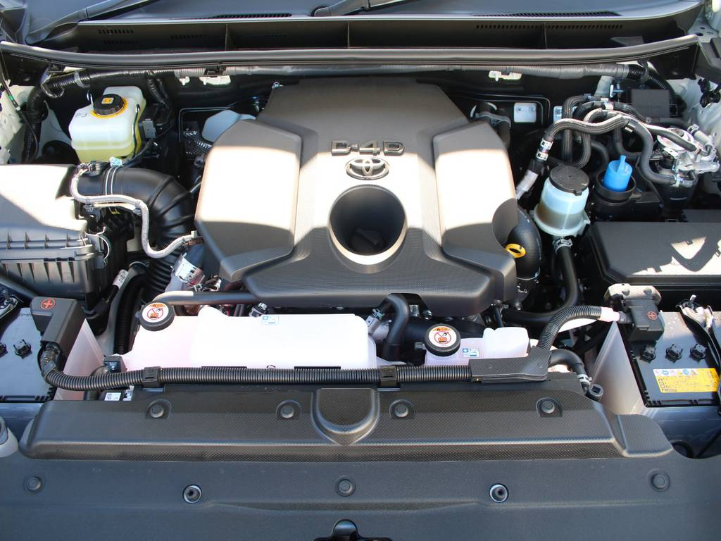エンジンも新車なので快調☆末永くお乗り頂けます☆ | トヨタ ランドクルーザープラド 2.8 TX ディーゼルターボ 4WD 5人 内装ベージュ WALDエアロ