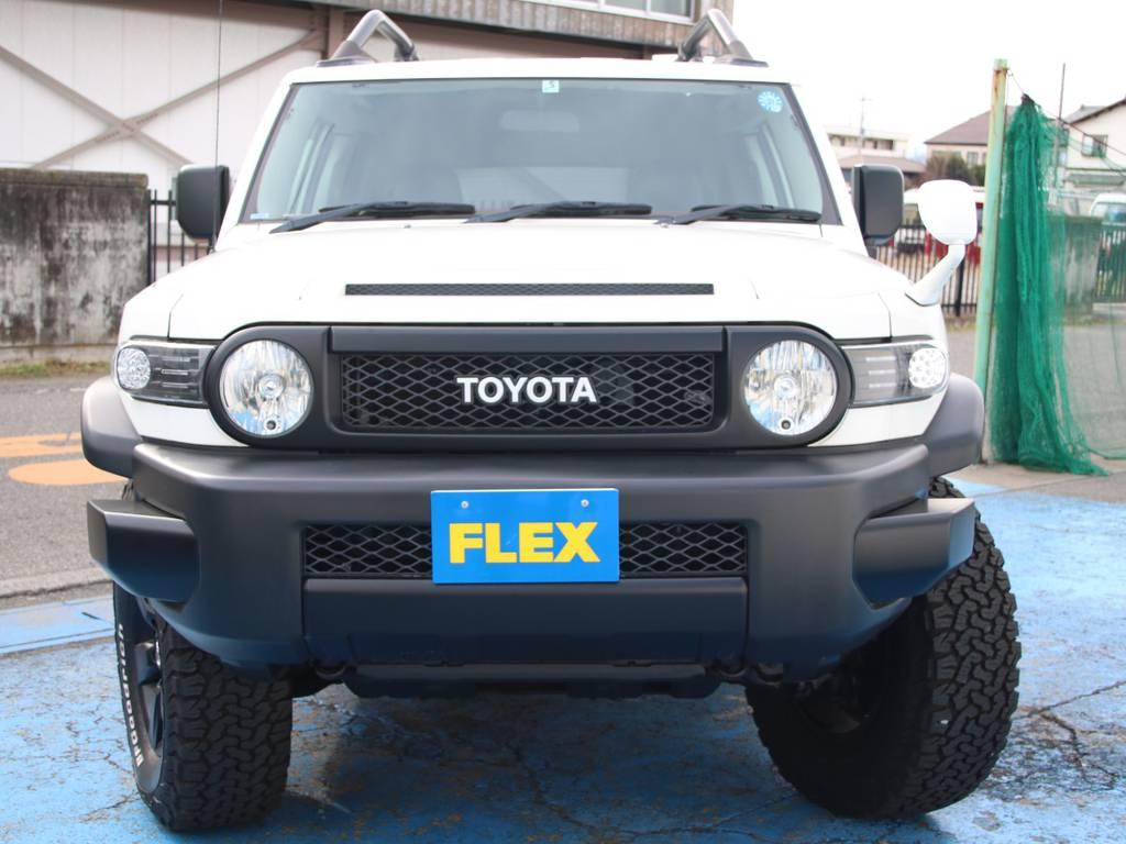 迫力のフロントフェイス☆新品LEDクリアフロントウィンカー☆新品クリアサイドマーカー☆   トヨタ FJクルーザー 4.0 カラーパッケージ 4WD