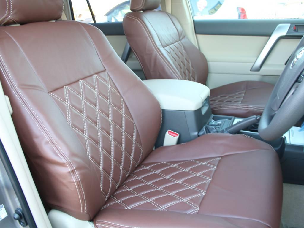 運転席はゆったりとしていますので座り心地抜群です☆ | トヨタ ランドクルーザープラド 2.8 TX ディーゼルターボ 4WD 5人 新車未登録 9インチナビ