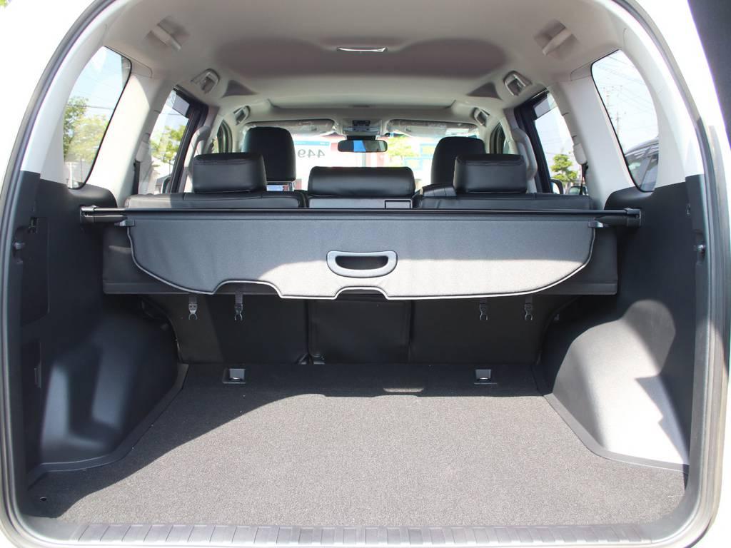 荷室は広々お使い頂けるスペースがございます☆   トヨタ ランドクルーザープラド 2.8 TX ディーゼルターボ 4WD 5人