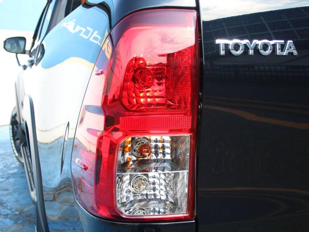 緊急ブレーキシグナル☆ | トヨタ ハイラックス 2.4 Z ブラック ラリー エディション ディーゼルターボ 4WD
