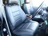 運転席は目立つヘタりなくキレイに保たれております☆新品ブラックシートカバー☆