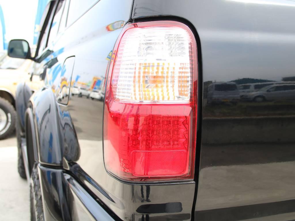 LEDテールランプ☆ | トヨタ ハイラックスサーフ 2.7 SSR-X 4WD 背面レス リフトアップ MGホイール