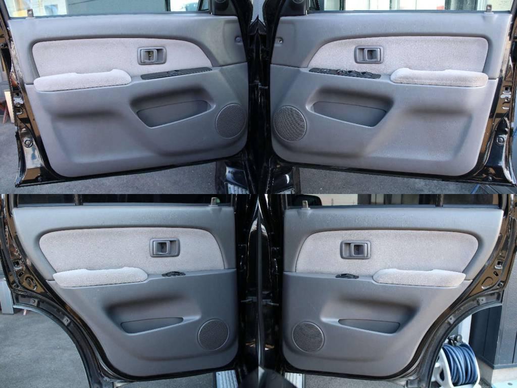 各所ドア内張もキレイに保たれております☆ | トヨタ ハイラックスサーフ 2.7 SSR-X 4WD 背面レス リフトアップ MGホイール