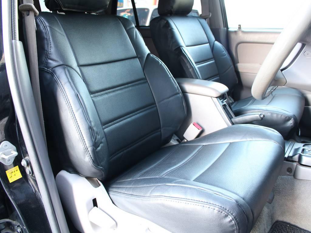 運転席は目立つヘタりなくキレイに保たれております☆ | トヨタ ハイラックスサーフ 2.7 SSR-X 4WD 背面レス リフトアップ MGホイール