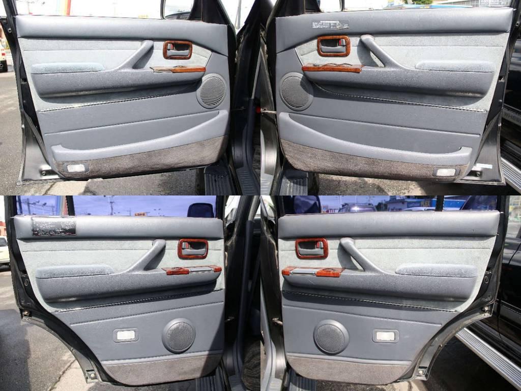 各所ドア内張もキレイに保たれております☆ | トヨタ ランドクルーザー80 4.5 VXリミテッド 4WD