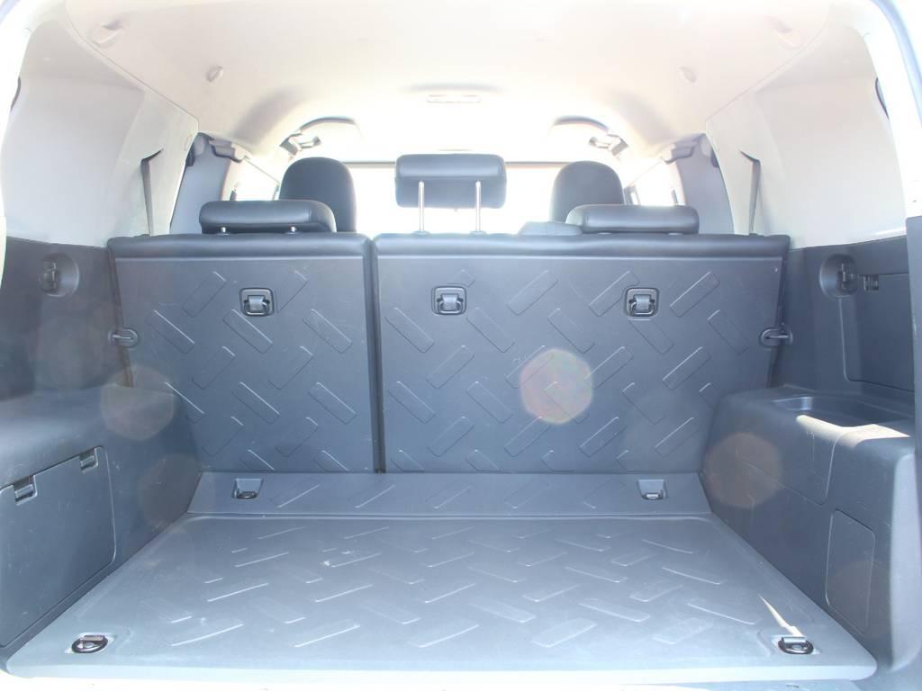 荷室は広々お使い頂けるスペースがございます☆ | トヨタ FJクルーザー 4.0 4WD