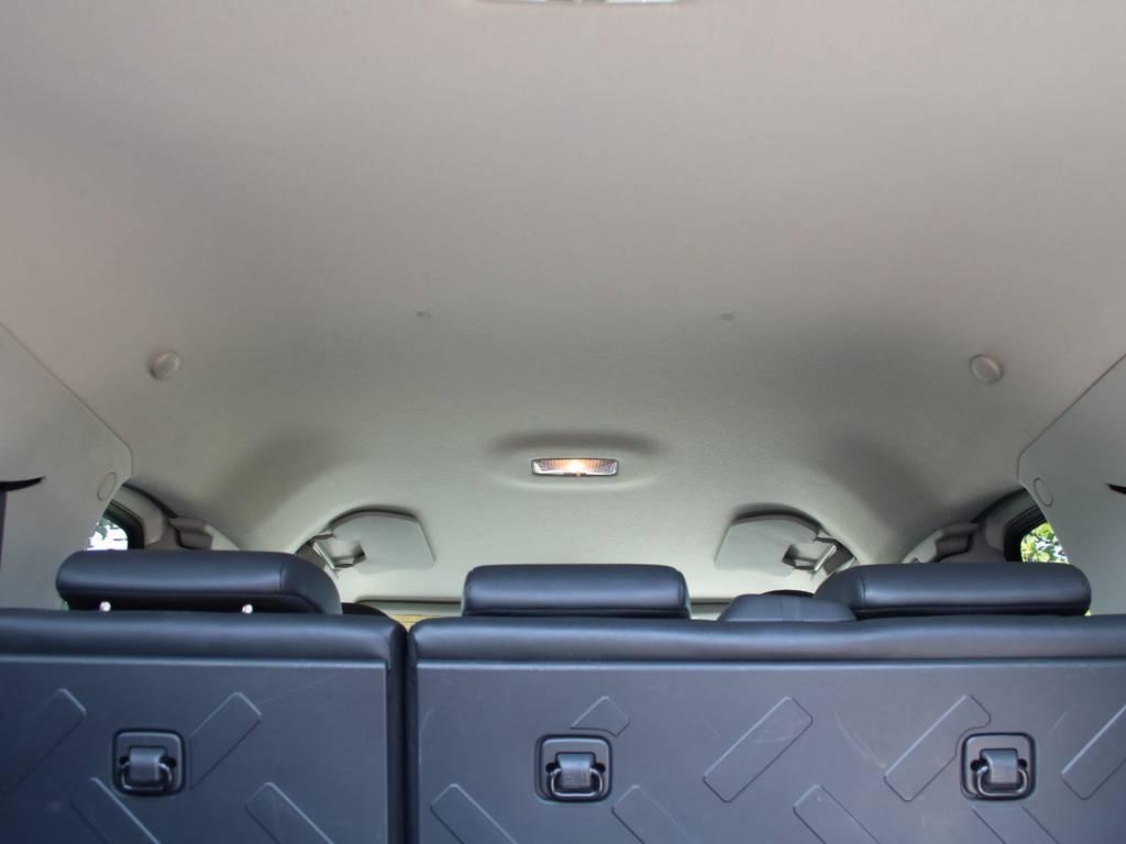 天張りもキレイに保たれております☆ | トヨタ FJクルーザー 4.0 4WD