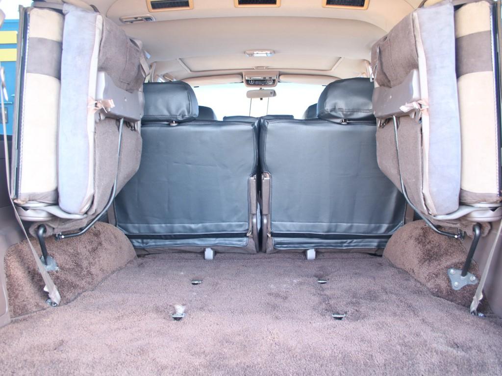 荷室は広々使えるスペースがございます☆